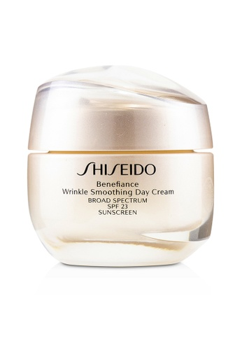 Shiseido SHISEIDO - Benefiance Wrinkle Smoothing Day Cream SPF 23 50ml/1.8oz 3E1E0BE42F1C96GS_1
