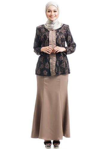 Ashura brown Ivah Kebaya With Layered Lace 85B4CAA32FA267GS_1