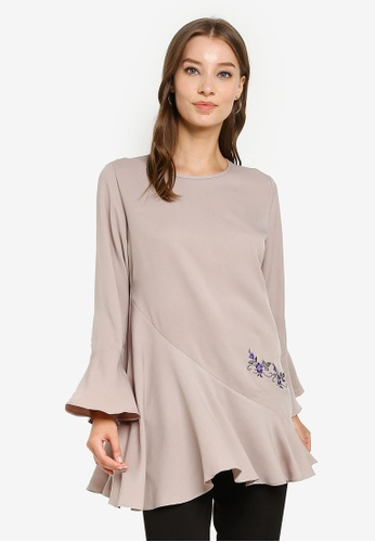 Aqeela Muslimah Wear grey Floral Embroidered Top 0C74BAA1908452GS_1