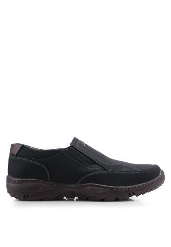 Louis Cuppers black Casual Slip Ons DE145SH436B720GS_1