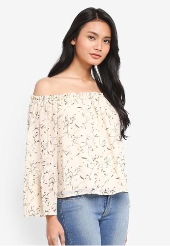 8be89cb70d7a2c Dressing Paula white Off-Shoulder Ruffle Top 75542AA3EEC245GS 1
