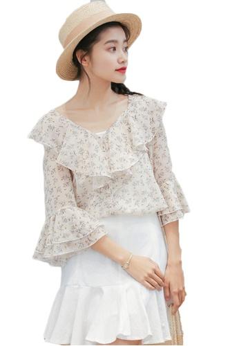 Shopsfashion beige Floral Printed Ruffles Blouse in Beige  1A4FEAA6C386A8GS_1