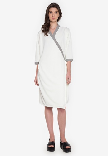 NEW ESSENTIALS white John Herrera Printer Wrap Dress NE239AA0JD35PH_1