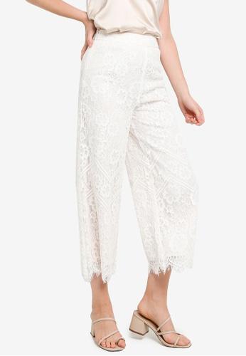Hopeshow white Wave Cuff Lace Capri Pants 2535DAAE59A6B4GS_1