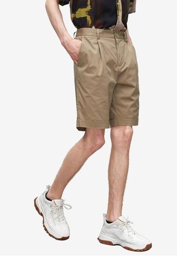 URBAN REVIVO brown Casual Shorts 21837AAA84EB50GS_1
