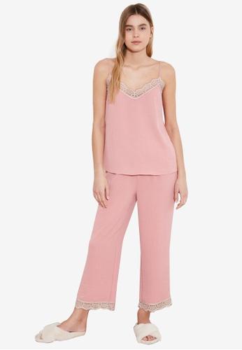 Trendyol pink 2-Piece Lace Cami Pajamas Set 2B06DAA990869CGS_1