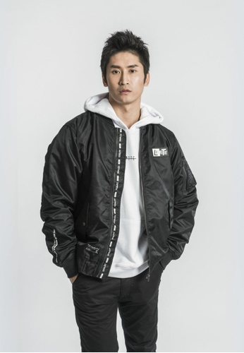 L.I.M.I.T.E black Men's Silicon Patch with Printed Nylon MA-1 Jacket 1A878AAD020D81GS_1