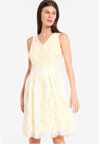Dorothy Perkins yellow Petite Yellow Daisy Prom Dress DO816AA55PPSMY_1