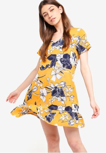 Something Borrowed yellow V-Neck Fluted Hem Dress 49491AA4652A9EGS_1