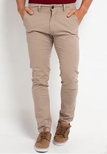 Tripl3 Jeans brown Celana Chinos Slim Fit CFB51AAF1AC356GS_1