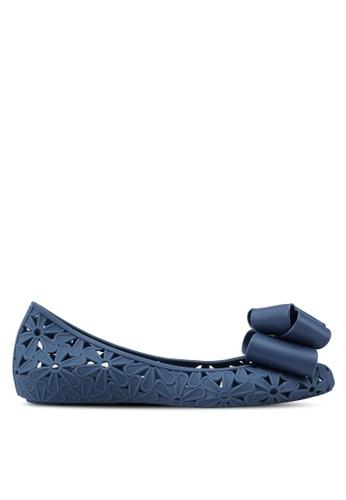 Twenty Eight Shoes 藍色 蝴蝶結雕花平底鞋 006F6SH8C690FAGS_1