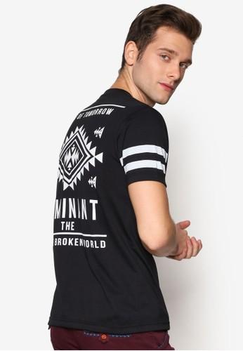 Dominant 文esprit 香港字圖樣印花圓領短袖TEE, 服飾, T恤