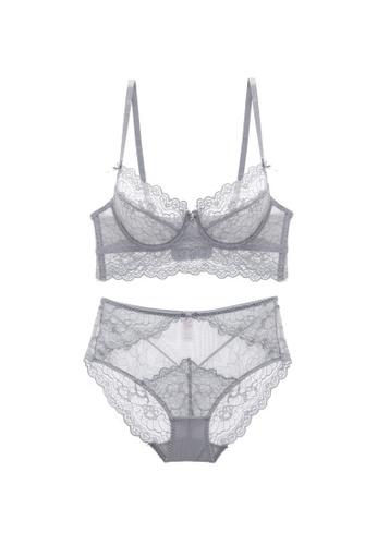 W.Excellence grey Premium Gray Lace Lingerie Set (Bra and Underwear) 862C3US0DDAA07GS_1