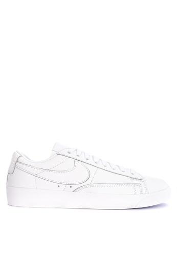 Nike white Nike Blazer Low LE Shoes 53D30SHC9BD3DAGS_1