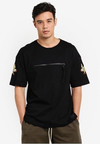 Flesh IMP 黑色 Front Zip Ovesized Box Cut T-Shirt FL064AA79WZCMY_1