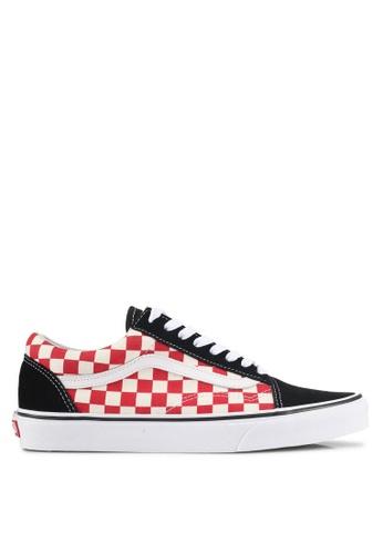 VANS black and red Old Skool Checkerboard Sneakers VA142SH0SWPWMY_1