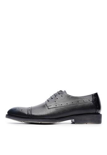 esprit官網獨家輕量壓紋牛皮。雕孔翼紋印花皮鞋-04470-黑色, 鞋, 皮鞋