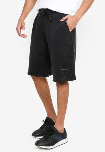 GUESS black Patch Logo Shorts 98AAFAA2F9E78AGS_1