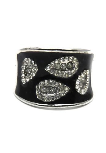 Istana Accessories black Cincin shelia Fashion Ring-hitam DD257AC91306EAGS_1