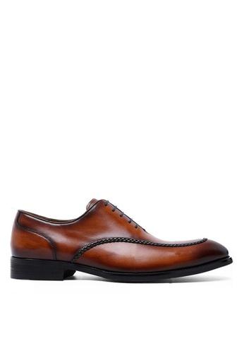 Twenty Eight Shoes 復古手工雕花真皮皮鞋 891702 16B76SHD04912DGS_1