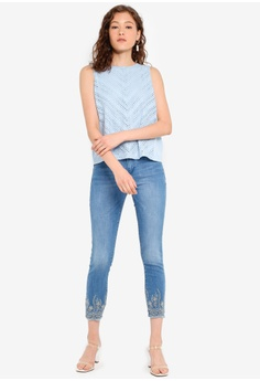 dbae4d1fe8 43% OFF ESPRIT Blouses woven sleeveless S$ 69.95 NOW S$ 39.95 Sizes 32 34  36 38
