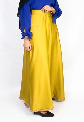 Zaryluq yellow and gold High Waist Maxi Skirt in Trinket Gold E58ACAA223B50AGS_1