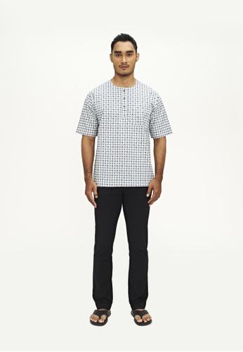 TUSCA white and blue Adiwangsa Batik Shirt 9D969AA6D45D29GS_1