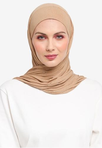 Ilham Echenta for ZALORA brown Glitters Mylia Hijab IL554AA0SY2HMY_1