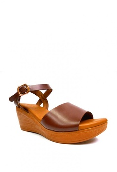 fb967c24b21b 15% OFF April Colleen Shoes Dolor Leather Sandals Php 1