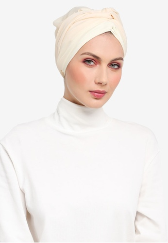 Ilham Echenta for ZALORA beige Organza Kamelin Turban IL554AA0SY2BMY_1