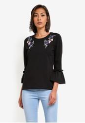Dorothy Perkins black Embroidered Pleat Sleeve Top DO816AA0SB5VMY_1