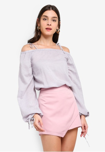 ZALORA 灰色 Off Shoulder Puffed Sleeves Top 1D071AA64964C3GS_1