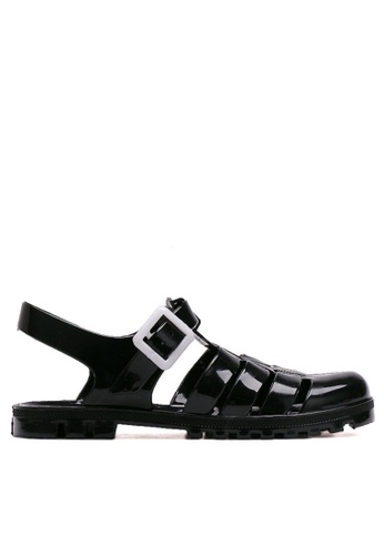 Twenty Eight Shoes black Lovely PVC Black Flat Sandal TW446SH99FSQHK_1