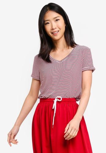 ZALORA BASICS red Basic Rolled Sleeves V Neck T-Shirt ADA1EAA0890614GS_1