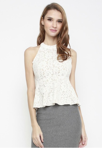 Sophialuv white Rose to Fame Lace Top in White 06EDAAA015696CGS_1