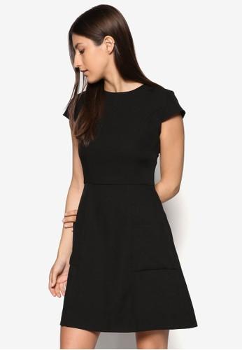 Collection esprit門市地址Patch Pockets Fit & Flare Dress, 服飾, 正式洋裝