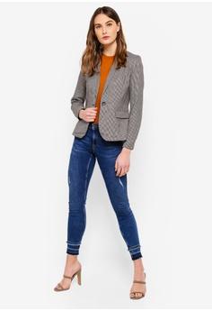 5cecb55a20 30% OFF Vero Moda Toby Checkered Blazer RM 249.00 NOW RM 173.90 Sizes 42