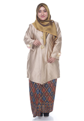 Nayli Plus Size Gold Kebaya Labuh from Nayli in yellow and gold and brown_1
