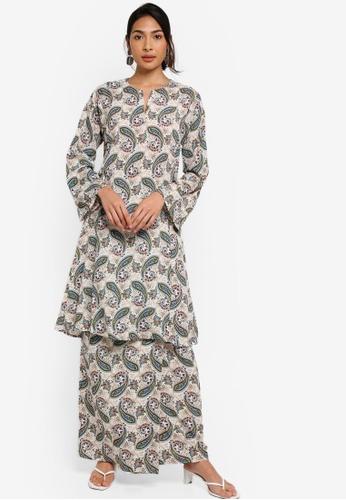 Baju Kurung Pesak Riau from ZALIA BASICS in Beige