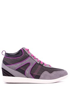 Fernley Sneakers
