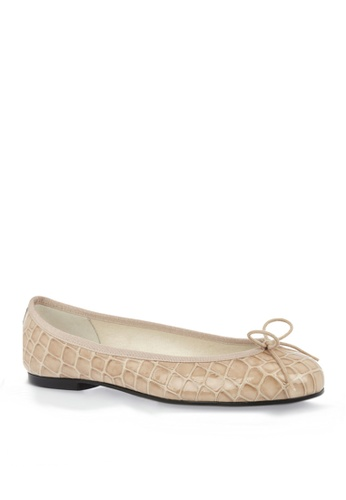 Covet beige French Sole Henrietta Ballet Flats CO331SH92EMTPH_1