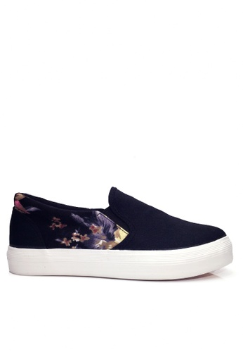 Twenty Eight Shoes black Calico Slip-ons VC9159 D780ESHE515B35GS_1