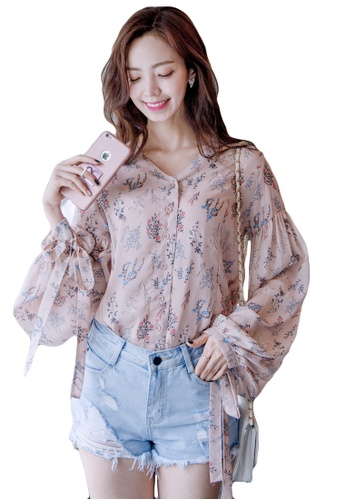 Shopsfashion pink Floral Belt Sleeve Blouse in Pink SH656AA0GYCNSG_1