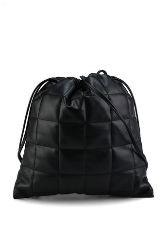 LOWRYS FARM black Quilted Drawcord Handbag B7B40ACAEAF2EEGS_1