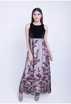 af4d670e059 Somerset Bay Donna Sleeveless Embroidered Lace Long Dress 7E162AA9CE5F96GS 1
