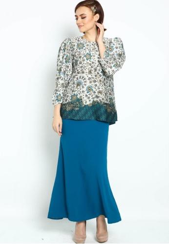 Owl By Nora Danish - Raihanna By Owloveraya Kurung Kedah Batik Modern from OWLBYND in Blue