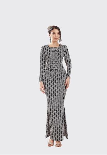 Cik Mek Kebaya from Nadjwazo by LadyQomash in Black and Grey and White