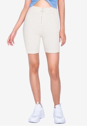 ZALORA BASICS beige Contrast Zip Up Rib Shorts D194AAA9D129D0GS_1