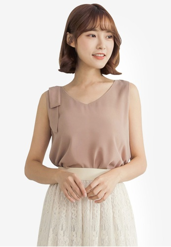 Tokichoi brown Single Buckle Strap Blouse 75463AA7F608F2GS_1