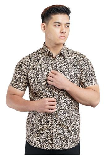 UA BOUTIQUE black Short Sleeve Shirt Batik SSB115-011 (Black/ Brown) 0672FAAAC6C7EEGS_1